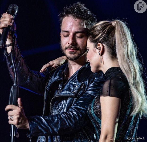 Junior Lima chorou em estreia de turnê com Sandy em Pernambuco nesta sexta-feira, 12 de julho de 2019