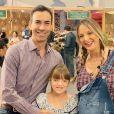 Rafaella Justus reuniu Cesar Tralli e uma amiguinha de Rafaella Justus em festa antecipada pelos 10 anos da primogênita