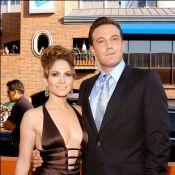 Jennifer Lopez assiste 'Garota Exemplar' estrelado pelo ex-namorado Ben Affleck