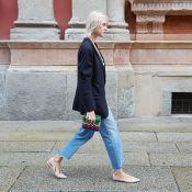 10 looks com calça mom que você pode levar do escritório ao happy hour