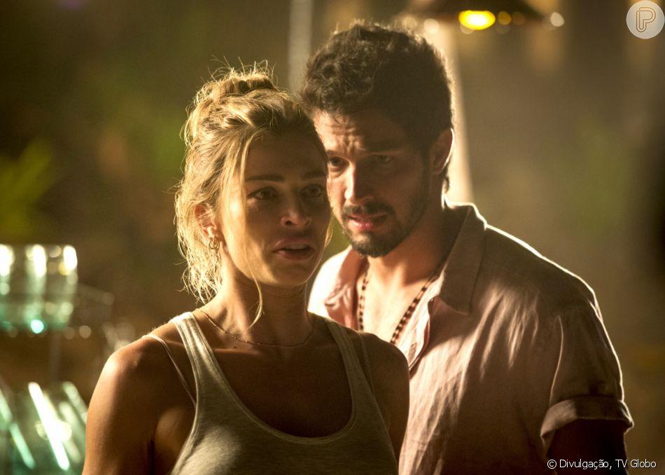 Paloma (Grazi Massafera) descobre que Marcos (Romulo Estrela) é filho de Alberto (Antonio Fagundes) na novela 'Bom Sucesso'.