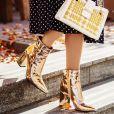As botas douradas dão um up em qualquer look e garantem um visual de personalidade