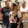 Irmã de Neymar, Rafaella Santos comprou item na loja de luxo Burberry