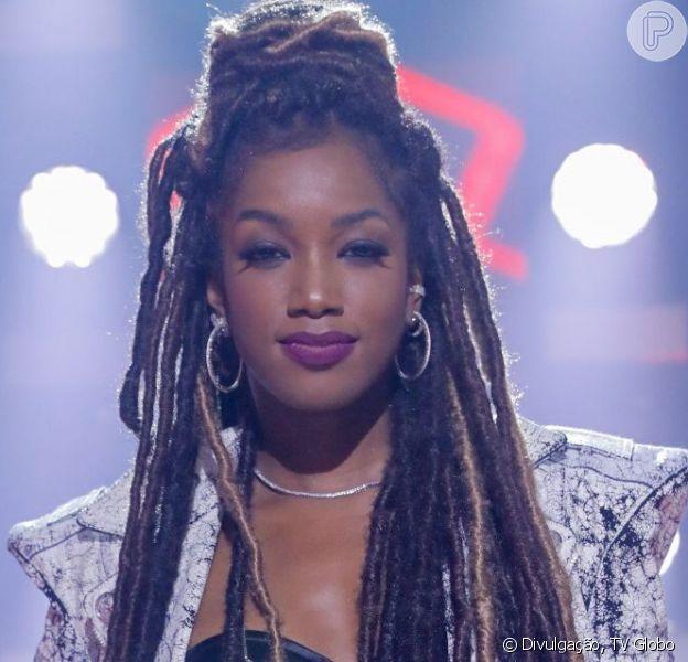 'The Voice Brasil': Iza se emociona com cantoraMarielly Santos, de 22 anos