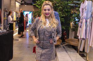 Moda consciente!Giovanna Lancellotti usa look animal print sustentável em evento