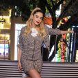 Giovanna Lancellotti elege conjuntinho trend para evento de moda nesta quarta-feira, dia 28 de agosto de 2019
