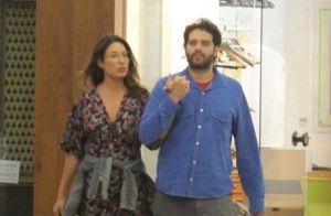 Giselle Itié passeia com Guilherme Winter e comemora os 40 anos do ator. Fotos!