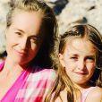 Angélica posa com Eva no aniversário de 7 anos da menina, em 29 de setembro de 2019