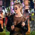 Penteado de Julia Faria: fashionista investiu em argolas prateadas para dar um ar rocker ao visual para o Rock in Rio