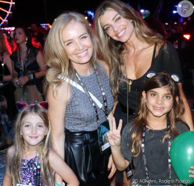 Angélica e Grazi Massafera curtem Rock in Rio com as filhas Eva e Sofia, em 5 de outubro de 2019