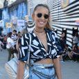 Correntes prateadas penduradas nas roupas voltaram à moda e apareceram com estilo nos looks do Rock in Rio