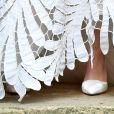 Casamento na realeza! Princesa Olympia usa sapato de salto alto com textura