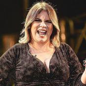 Grávida, Marília Mendonça vê que sapato de grife não cabe e tem reação divertida