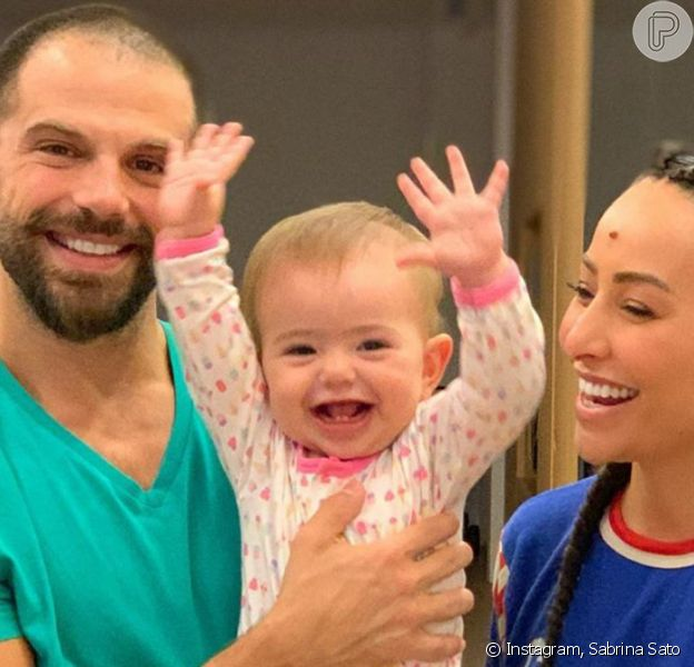 Filha de Sabrina Sato, Zoe faz 1 ano com 145 milhões de likes, dezenas de looks e muitas fofuras. Relembre momentos da bebê nesta galeria na sexta-feira, dia 28 de novembro de 2019