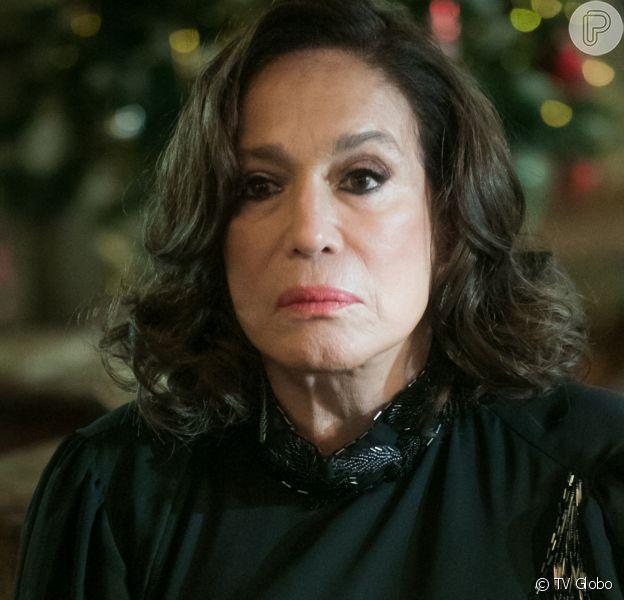 Preconceituosa, Emília (Susana Vieira) ameaça Lola (Gloria Pires) caso Alfredo (Nicolas Prattes) continue com Adelaide (Joana de Verona) na novela 'Éramos Seis'