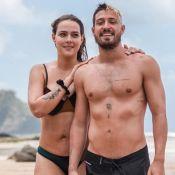 Carol Dantas aposta em biquíni trendy em foto com marido em Noronha. Veja!