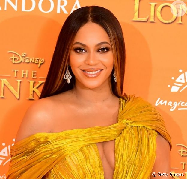 Beyoncé agitou as redes sociais ao aparecer de surpresa no Globo de Ouro deste sábado, 5 de janeiro de 2020