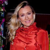 Grávida, Ana Paula Siebert sente mudança na barriga à noite: 'Vicky se mexe'