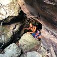 Camila Pitanga se diverte em trilha na Chapada Diamantina