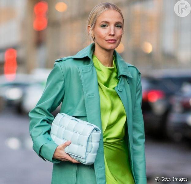 Moda na mão: as bolsas estilosas que bombaram no street style da Copenhagen Fashion Week