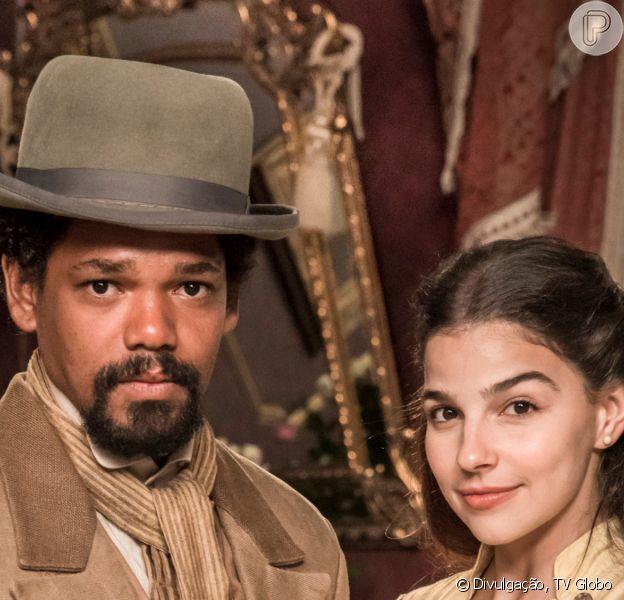 Na novela 'Nos Tempos do Imperador', substituta de 'Éramos Seis', Gabriela Medvedovski é Pilar, uma jovem feminista que se apaixona pelo escravo Jorge/Samuel (Michel Gomes)