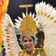 Munik Nunes representou um anjo em fantasia com 2.500 cristais no corpo