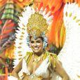 Munik Nunes estreou no carnaval de São Paulo usando fantasia avaliada em R$ 30 mil