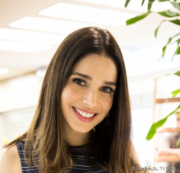 Na novela 'Salve-se Quem Puder' será revelado que Micaela (Sabrina Petraglia) tem envolvimento na morte do pai de Verônica (Marianna Armellini)