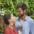 Na novela 'Salve-se Quem Puder' Micaela (Sabrina Petraglia) se envolverá por Bruno (Marcos Pitombo)