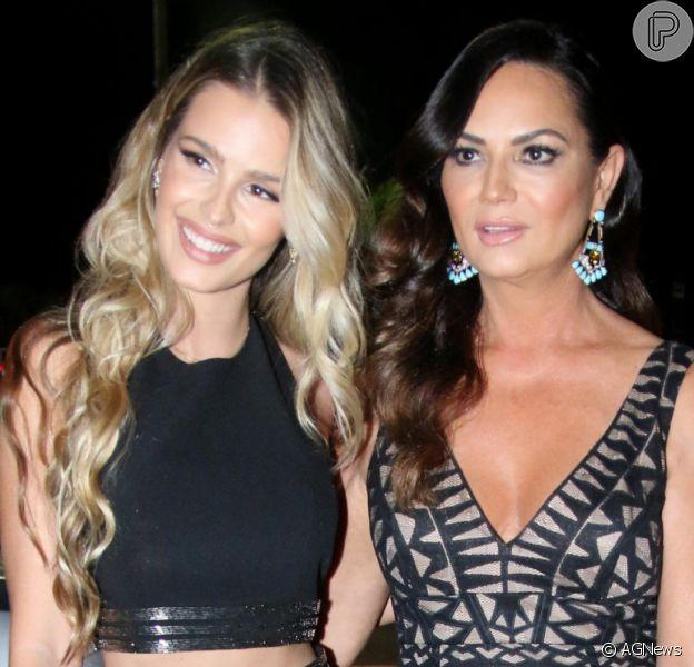 Affair de Medina e Yasmin Brunet é comentado pela mãe dela, Luiza Brunet, em entrevista nesta sábado, dia 28 de setembro de 2020