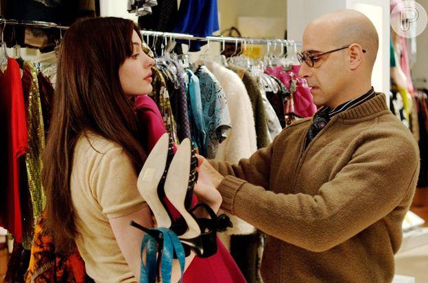 Andie (Anne Hathaway) dá uma aula sobre estilo ao longo do filme 'O Diabo Veste Prada'