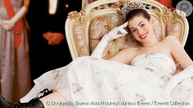 Mia (Anne Hathaway) provou que autoconhecimento é essencial em 'O Diário da Princesa'
