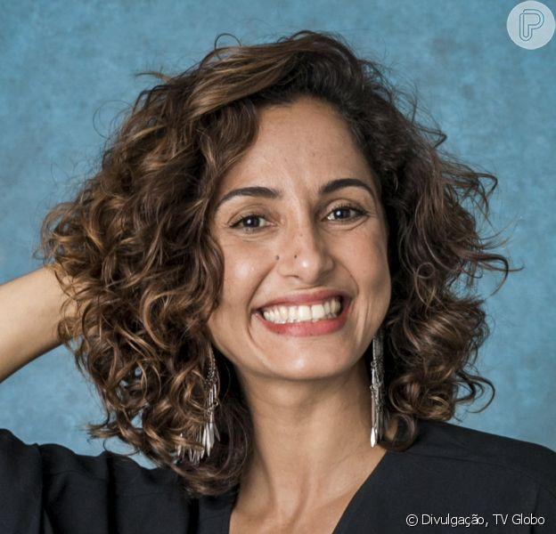 Camila Pitanga reuniu a namorada, Beatriz Coelho, a filha, Antônia, e o ex-marido, Claudio Amaral, em almoço de Páscoa: 'Esperança por dias melhores'