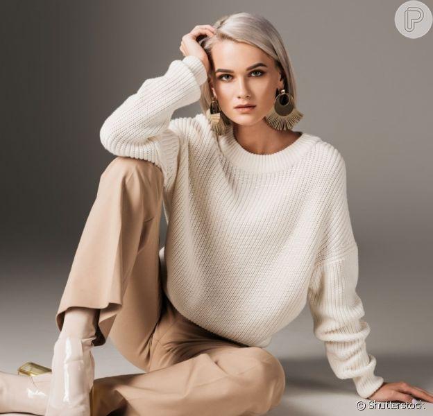 Roupas em tricô, moletom e linho são confortáveis e ideais para um look mais estiloso para ficar em casa