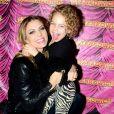 Sheila Mello eFernando Scherer se divertiram em challenge com a filha, Brenda, de sete anos