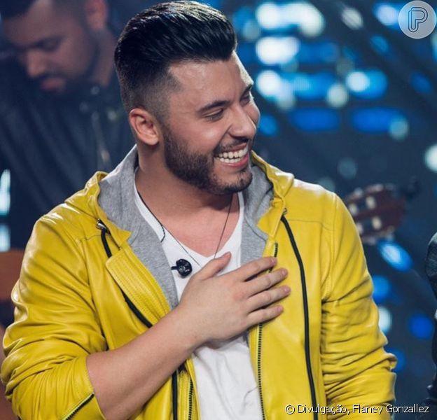 Murilo Huff cantou com namorada, Marília Mendonça, em live show