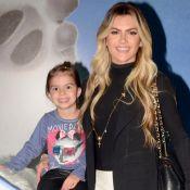Mirella Santos e filha, Valentina, combinam pijamas em vídeo de dança. Veja!