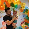 Marília Mendonça e Murilo Huff comemoram mesversário do filho