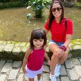 Carol Castro divide sua rotina maternal com os seguidores