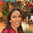 Ivete Sangalo promoveu live junina na garagem de sua casa em Salvador, na Bahia, na noite deste sábado, 20 de junho de 2020