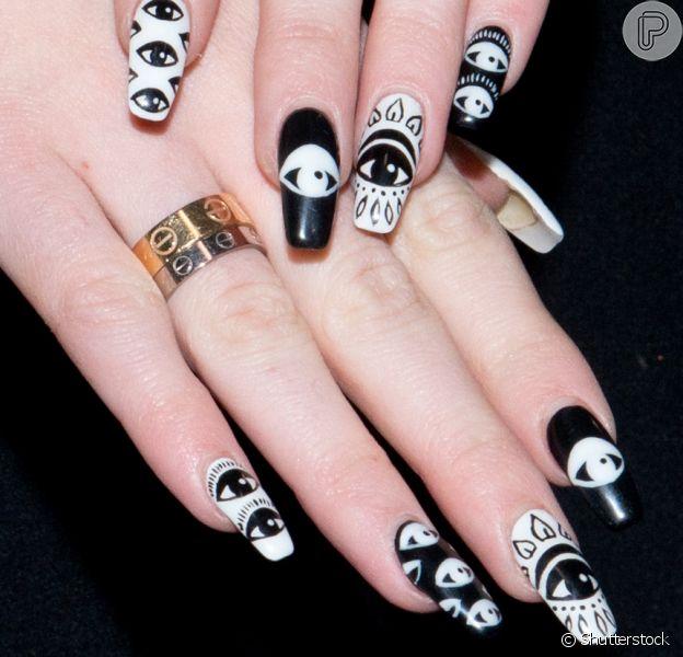 Unha bailarina: conheça a nail art que parece com sapatilhas de balé!