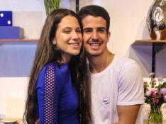 Enzo Celulari diverte web ao arriscar dança com Sophia Raia: 'Sabe direitinho'