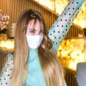 Visual renovado! Larissa Manoela faz tratamentos na sobrancelha e boca. Vídeo