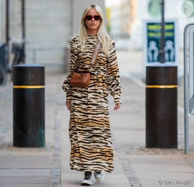 O breezy dress está em alta no street style