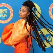 Veja os looks de Anitta e mais famosas no EMA MTV: vestido, tule, máxi e mais!