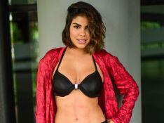 Com look fitness, Munik Nunes mostra barriga sarada após lipo LAD em ensaio. Fotos!