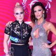 Marcela Rica celebra apoio da web por relação com Vitória Strada