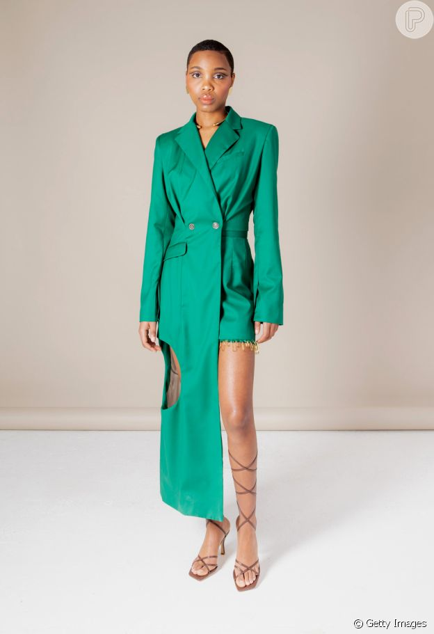 Tuxedo dress é aposta que vale a pena investir segundo a Semana de Moda de Londres