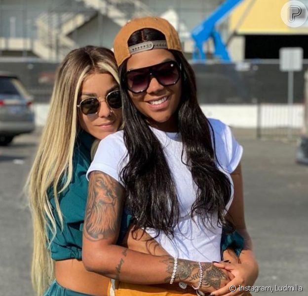 Mulher de Ludmilla, Brunna Gonçalves postou foto beijando a funkeira ao parabenizá-la por aniversário: 'Me sinto tão sortuda por ter alguém como você na minha vida'