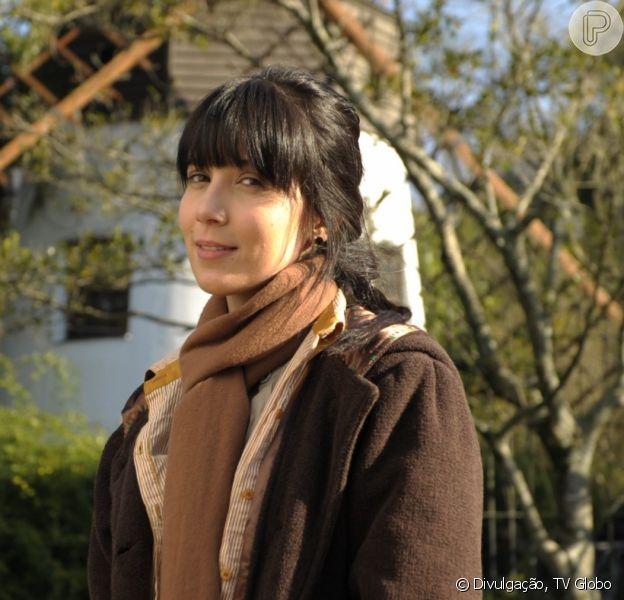 Novela 'A Vida da Gente': Ana (Fernanda Vasconcellos) expulsa irmã, Manuela (Marjorie Estiano), ao descobrir casamento dela e seu ex, Rodrigo (Rafael Cardoso)